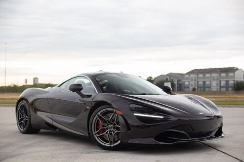 Pre-Owned 2018 McLaren 720S  With Navigation