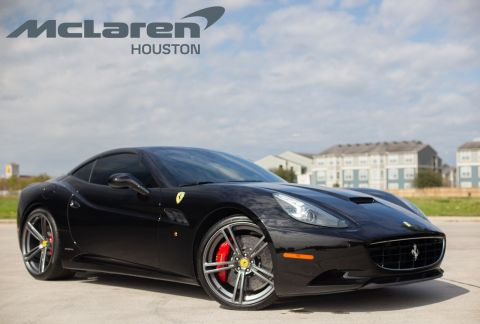 Pre-Owned 2014 Ferrari California  With Navigation